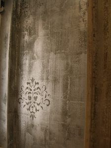 Distressed silver leaf on bathroom wall by Manuela Palinginis