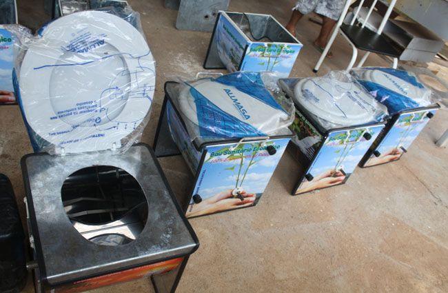 A intenção da invenção é economizar água e evitar a poluição dos solos e lençóis freáticos.