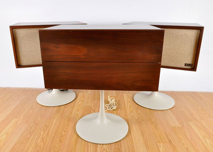 KLH Mid Century Modern Pedestal Turntable With Two Speakers