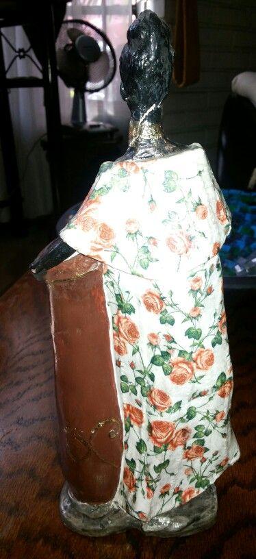 Negrita con servilleta