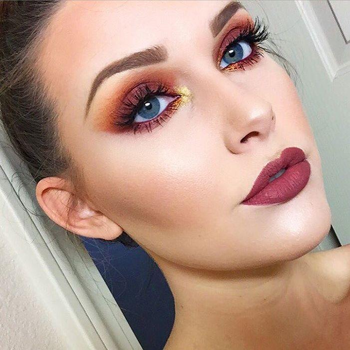 maquiagem com sombra vermelha laranja e dourada
