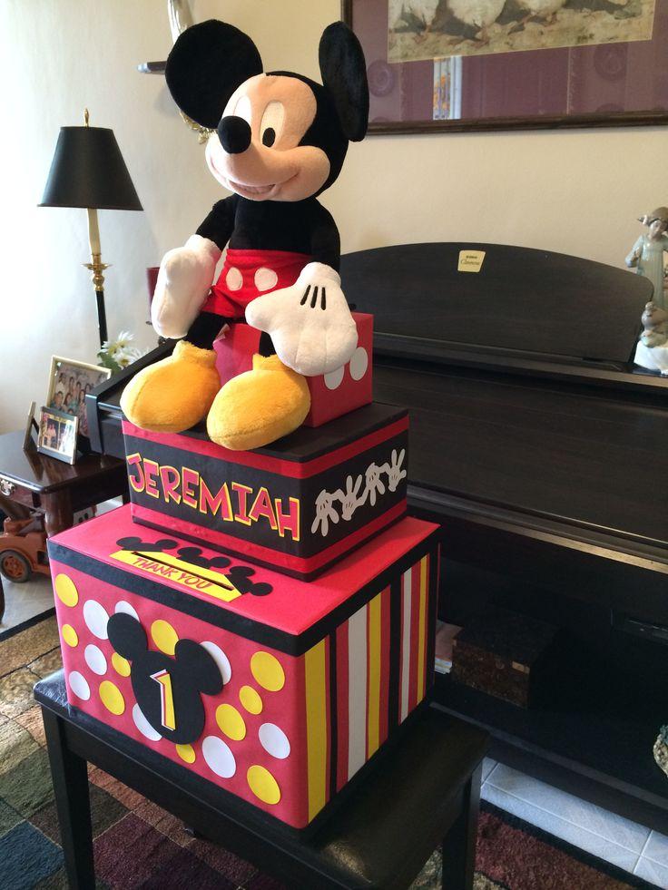 M s de 17 ideas fant sticas sobre dulceros mickey mouse en for Homemade money box ideas