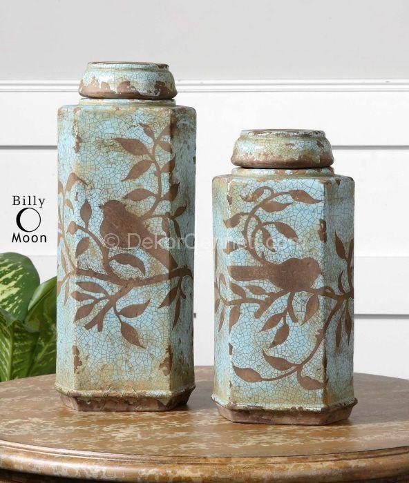 kahve ve mavi renk seramik vazolar