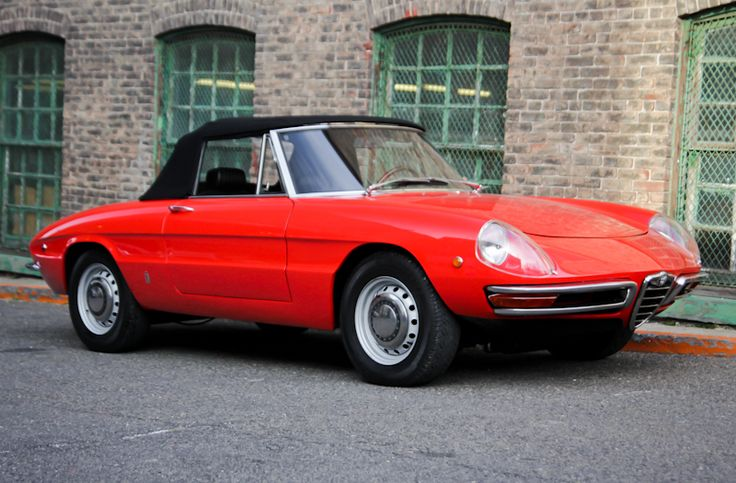 Alfa Romeo Spider (1969) Maintenance/restoration of old/vintage vehicles: the material for new cogs/casters/gears/pads could be cast polyamide which I (Cast polyamide) can produce. My contact: tatjana.alic@windowslive.com