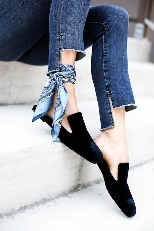 A Fresh Way To Wear A Silk Scarf | Le Fashion | Bloglovin'