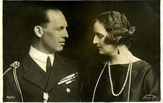 All sizes | König Georg II. und Königin Elisabeth von Griechenland, King and Queen of Greece | Flickr - Photo Sharing!