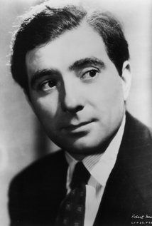 Robert Newton (I) (1905–1956) Actor | Soundtrack Robert Newton was one of the great character actors -- and great characters -- of the British cinema, best remembered today for playing Long John Silver in Treasure Island (1950) and its sequel for Walt Disney in the 1950s. His portrayal of Long John Silver and of Blackbeard, the Pirate (1952) created a persona that was so indelible......