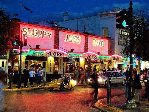 Would love to go to Sloppy Joes Key West FL. I heard its great #MarriottCourtyardKeyWest #DreamKeyWestVacation