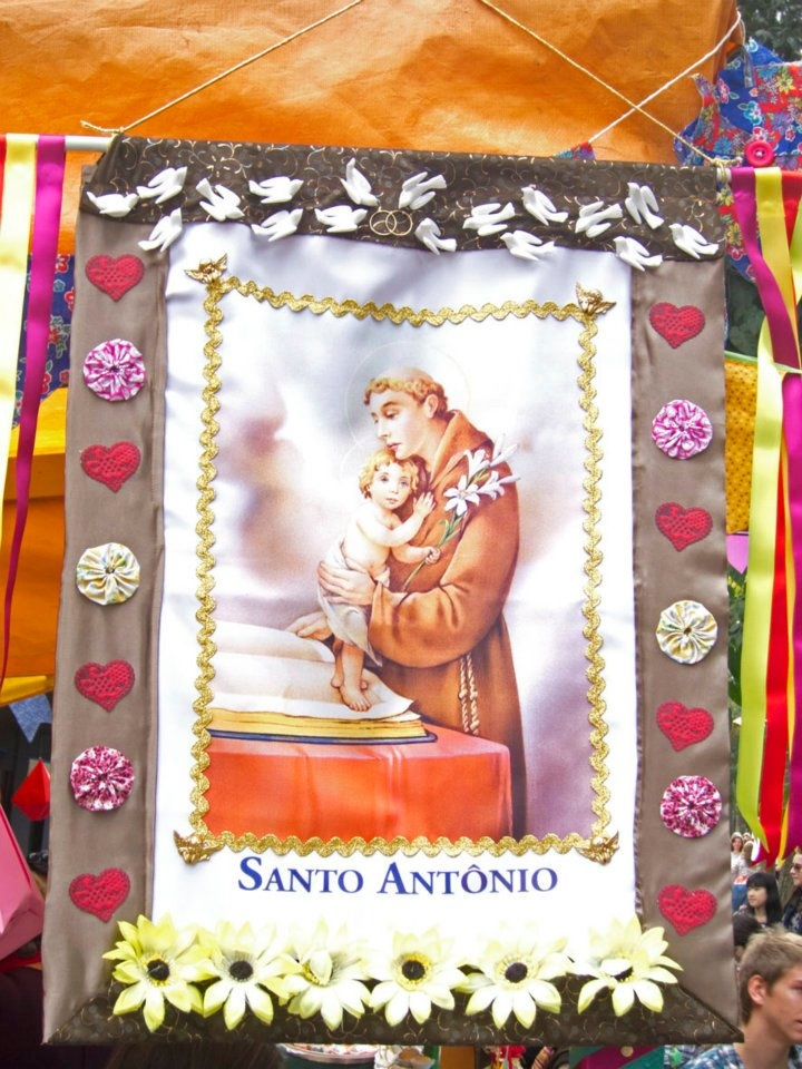 Estandarte de Santo Antônio: Of Santo, Jerk, Popular Parties, San Antonio