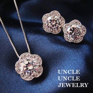 Rose Gold Plated Zircon Fully Micro Inlays Lovely Plum Blossom Design Lady Jewelry Set Necklace/Earrings Wholesale