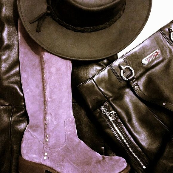 """Carlos Purple 'Duel' Suede All genuine light purple suede & silver tone studs, these pull on boots are han weathered but city chic!  EUC  Almond toe, 13in tall shaft (top of foot), calf approx. 14.5-15"""" round w/ 1.5in. heel, the boots give an outdoors flavor.  Or go  sleek w/black wool midi skirt, black cashmere sweater,  black leather jacket, black leather fedora and a vintage black leather Coach bag.  Punch it up w/a pair of silver hoops. You GO, Girl!🔥🔥**hand distressing causes…"""