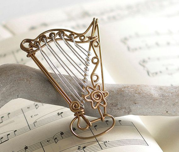 craft wire ideas harp wire ornament this adorable harp charm is made 1701