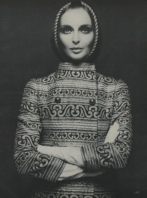 Samantha Jones photographed by Richard Avedon, Vogue October 1968
