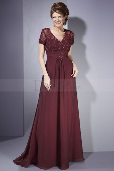Impressive Mother of the Bride Dress with Delicate Lace Appliques