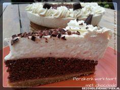 Een glutenvrije, suikervrije en granenvrije perziken kwarktaart met chocolade van Pien Dijkstra