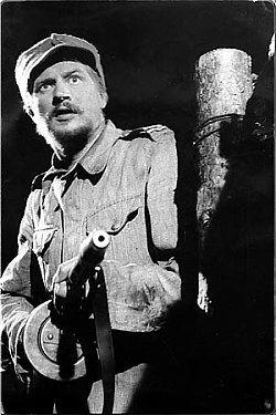 """Antero """"Antti"""" Rokka är en fiktiv person med framträdande roll i Väinö Linnas roman Okänd Soldat (Tuntematon Sotilas), om Fortsättningskriget mellan Finland och Sovjetunionen. I romanen är Rokka en mycket kompetent soldat som slåss för sin hembygd och trotsar all militär auktoritet. Befälen behandlar han som vilken annan soldat som helst. I boken står Rokka ofta för ironiska kommentarer om hierarkin i armén, det finska samhället i stort och om krigets utveckling. - Wikipedia"""