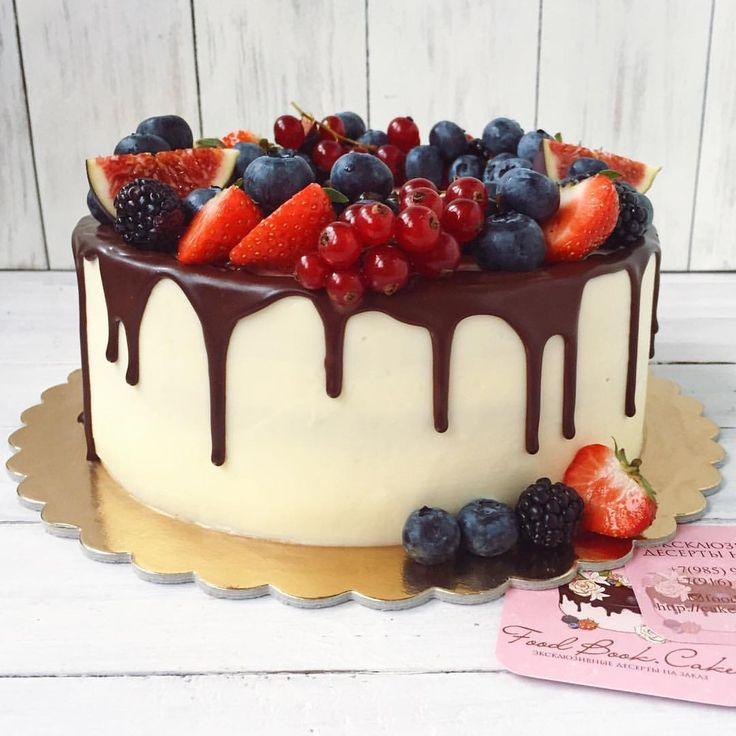 Всеми любимый ванильный ягодный#foodbookcake