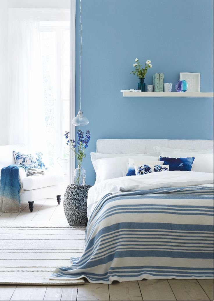 Oval Room Blue Modern Emulsion L
