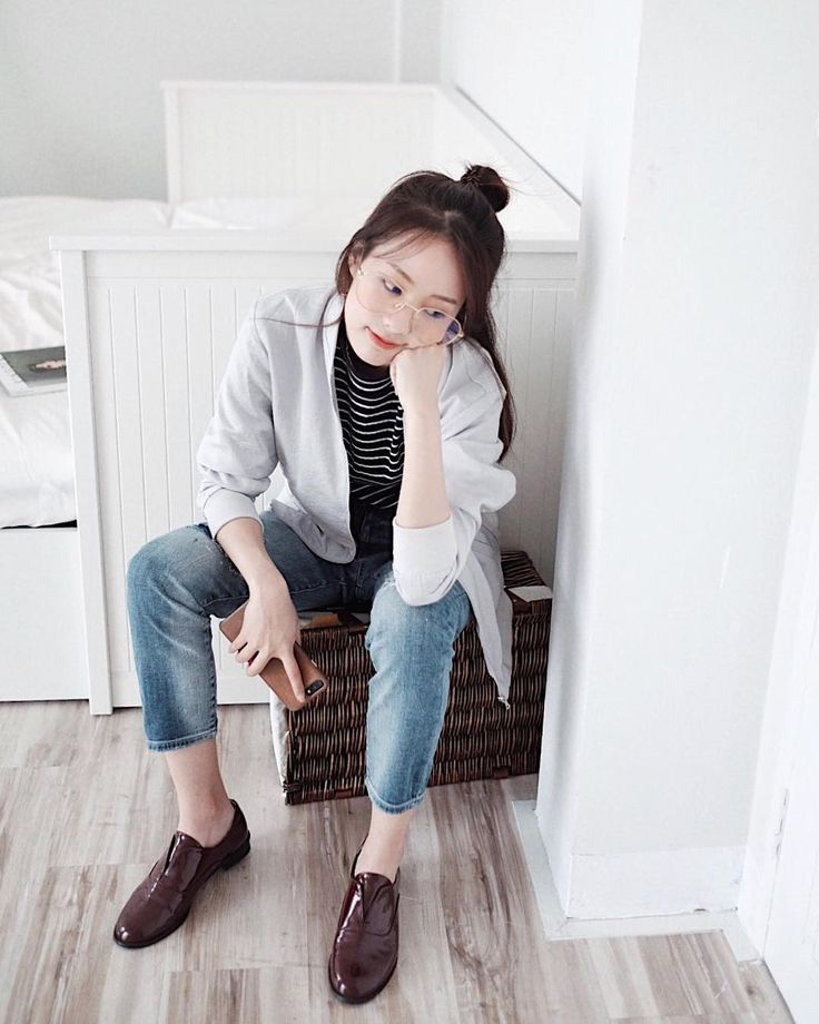 "7,926 Likes, 24 Comments - HAN HYO JOO (한효주) (@hanhyojoo_) on Instagram: ""#HanHyoJoo for Vogue Taiwan March 2017 ❤"""
