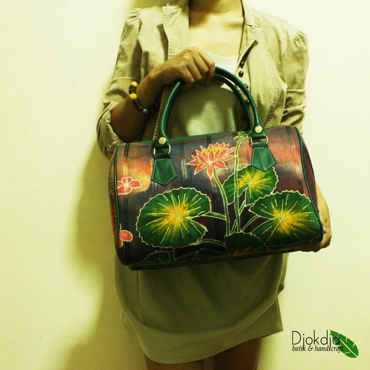 Laras Green Leaf Bowler Bag