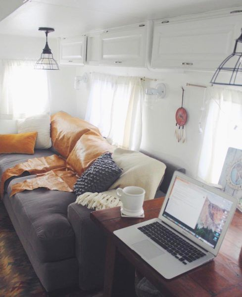 d6874037f7 25 Mobile Office Set-Ups to Inspire You to RV Full-Time