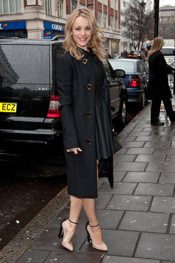 Rachel McAdams #celebritystyle #fashion #streetstyle