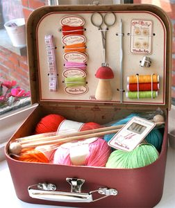 A picnic basket turns into a handy-dandy all-in-one craft station | Offbeat Home