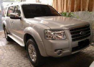 Jual Mobil Ford Everest 2007 dijual doubel airbag, warna silver metalik pajak masih panjang sangat mulus mirip baru, tinggal pakai, tidak ada PR, body dan mesin terawat dijamin pasti puas, kaki kaki nyaman, kaca film, @ http://www.iklanpagi.com