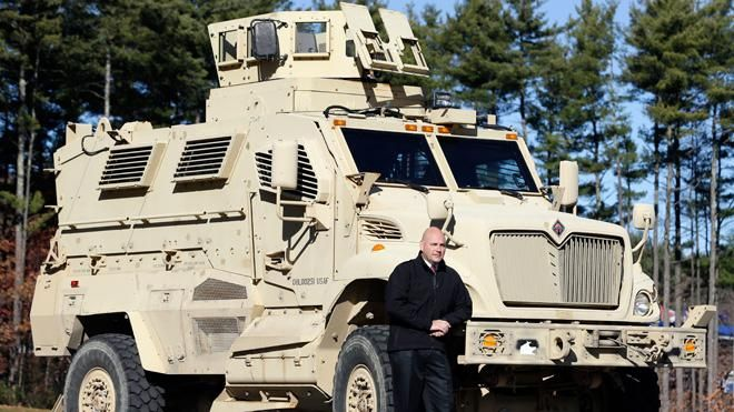 #Armored #truck driversalary There are certain jobs in the world which are surely not easy. They vary in different aspects.