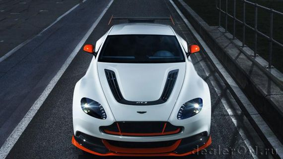 Суперспорткар Aston Martin Vantage GT3 / Астон Мартин Вантаж GT3 – вид спереди