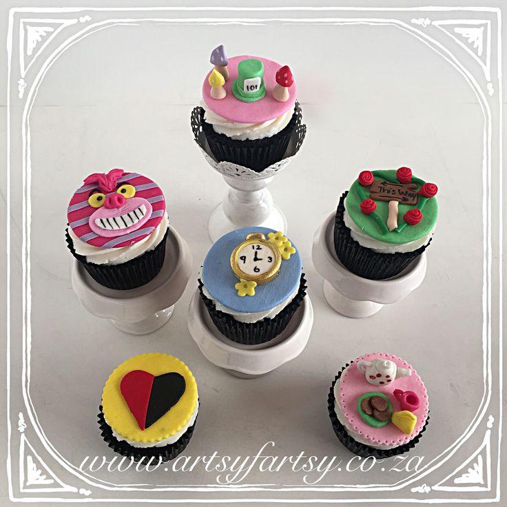 Alice in Wonderland Cupcakes #aliceinwonderlandcupcakes