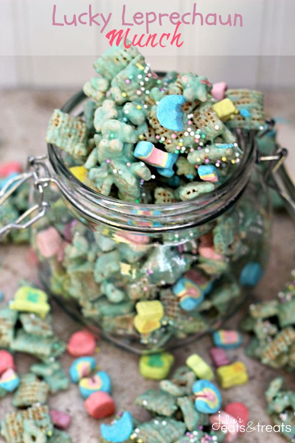 Lucky Leprechaun Munch 12    ounces    lucky charms 6    cups    rice chex 24    ounces    candy melts ( green ) 1/4    cup    sprinkles ( pastel )