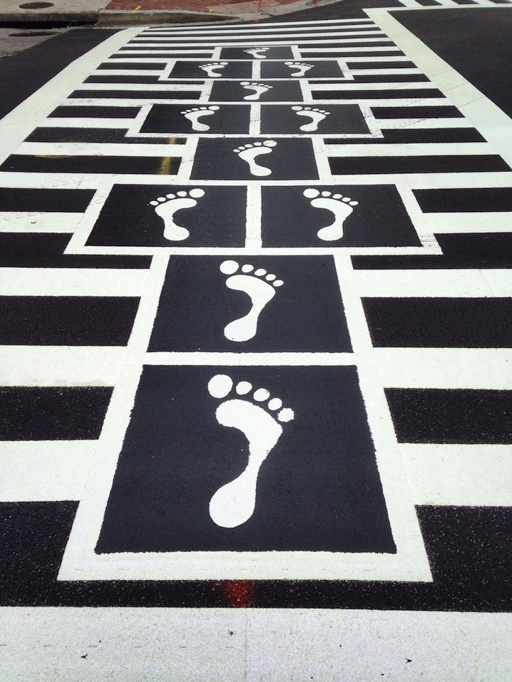 Fun hopscotch crosswalks unveiled in downtown Baltimore!