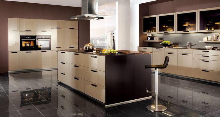 Brown / Cream Kitchen