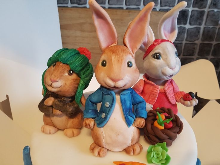 Peter rabbit Lilly bobtail and Benjamin bunny fondant figures