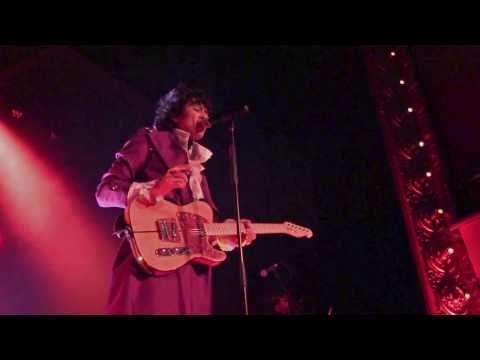 """SinSerAnonimo.blogspot.com: Prince - """"Little Red Corvette"""" Live Tribute (Purpl..."""