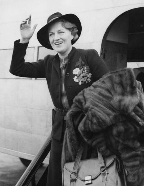 English actress, singer and comedian Gracie Fields (1898 - 1979) arrives at Heston Aerodrome, near London, after a tour of France, 29th April 1940. She has been entertaining the British and French troops. (Photo by Keystone/Hulton Archive/Getty Images)