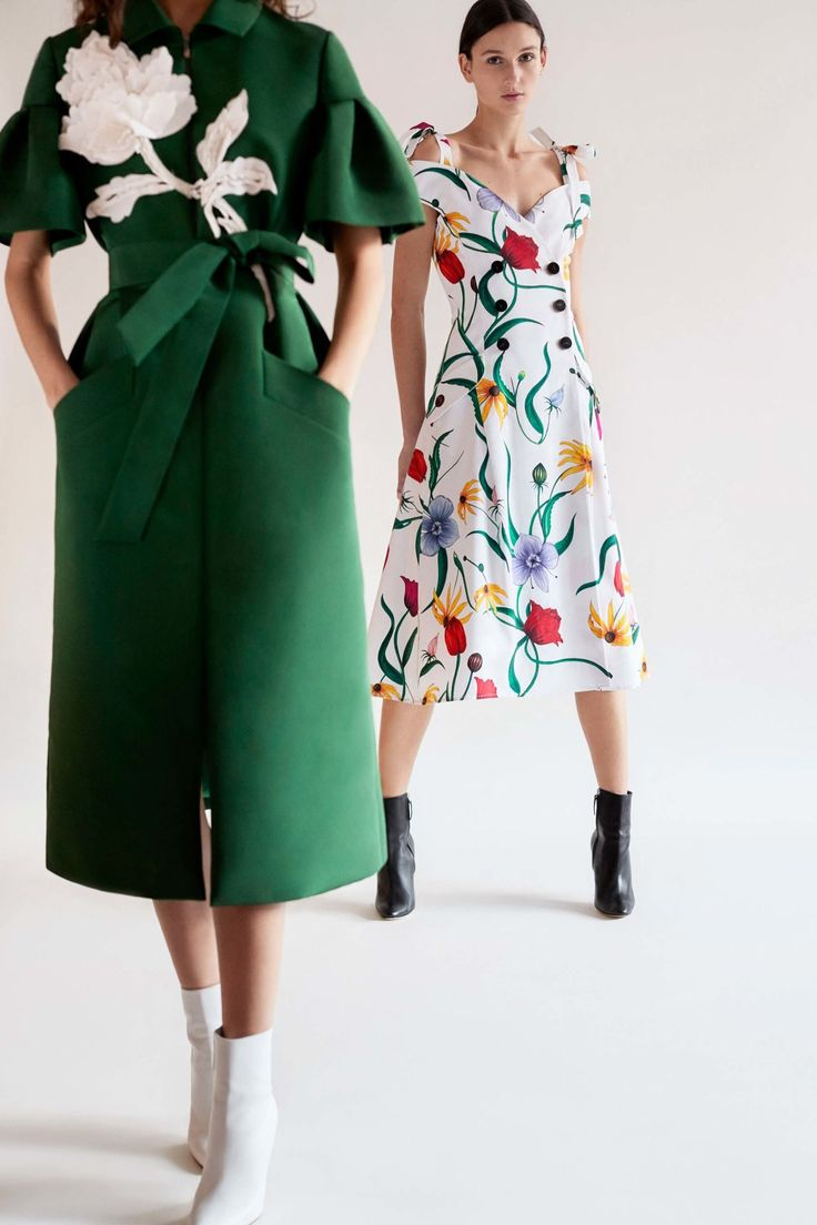 Carolina Herrera Pre-Fall 2018 Lookbook, Runway, Womenswear Collections at TheImpression.com - Fashion news, street style, models, accessories