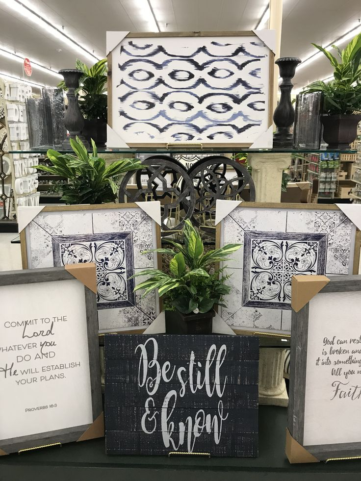 Hobby lobby merchandising table displays | Table display ...