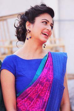 saree with boat neck blouse - kriti kharbanda