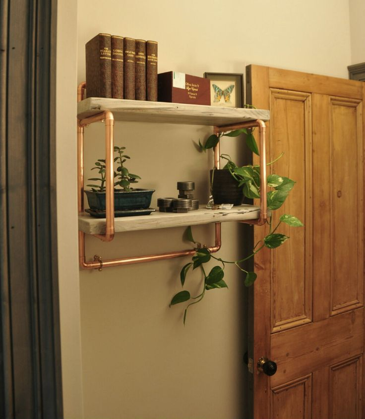 Two tier, small shelving unit. 22mm copper pipe and reclaimed wood