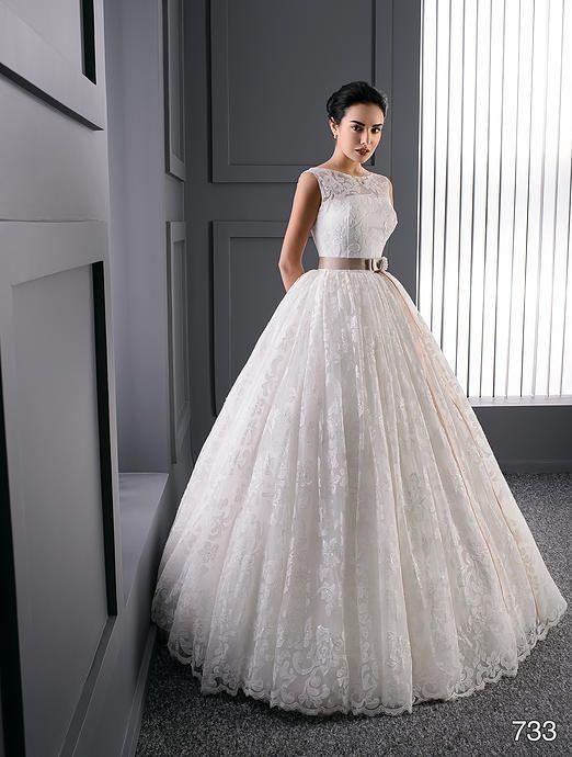 Suknie Ślubne Kraków - Salon Ślubny VALDI bride | Mary Silver 2016