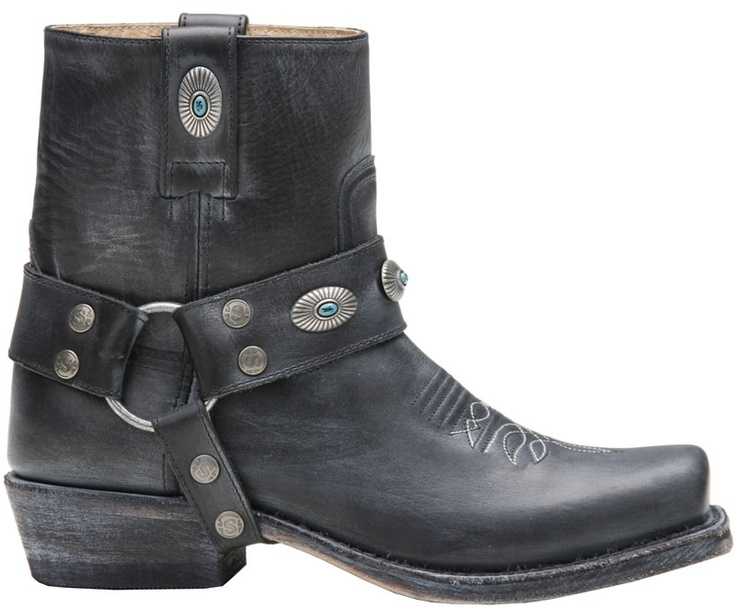 Going to save money for these stunning Black Sendra Boots