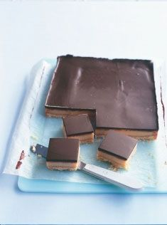 chocolate-caramel slice