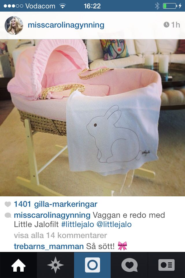 Carolina Gynning prepares for her baby with Little Jalo bunny blanket