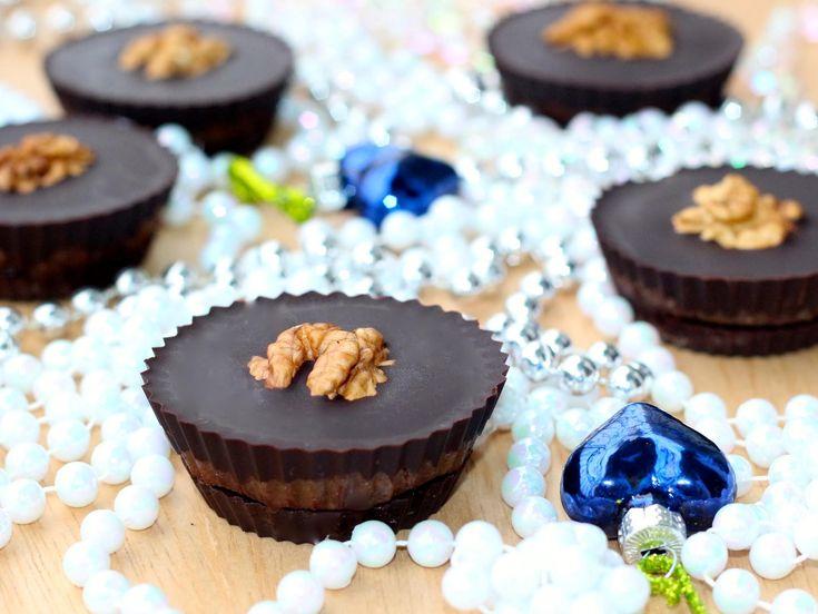 Raw čokoládovo – orechové maslové kornútky
