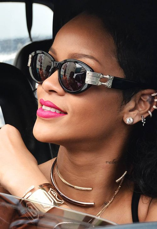 pearl earrings smiley beauty choker gold superstar in nds post rihanna wearing tumblr miami and rihgram