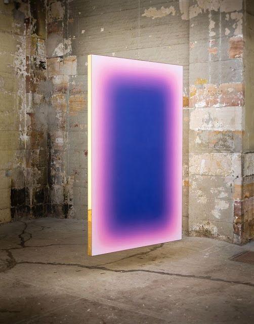 Jonny Niesche  combina  escultura y pintura en sus obras