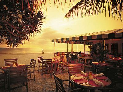 Hb S On The Gulf Is Naples Only Beachfront Restaurant