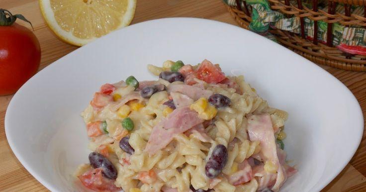Salata mexicana cu paste si sunca